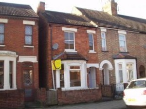 House to rent in Bedford