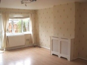 bedford-house-to-rent-in-brickhill-lounge