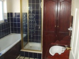 house-to-rent-in-bedford-bathroom
