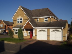 4-bedroom-executive-detached-house-for-rent-in-brickhill-bedford
