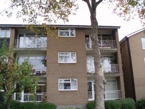 2-bedroom-flat-in-bedford-town